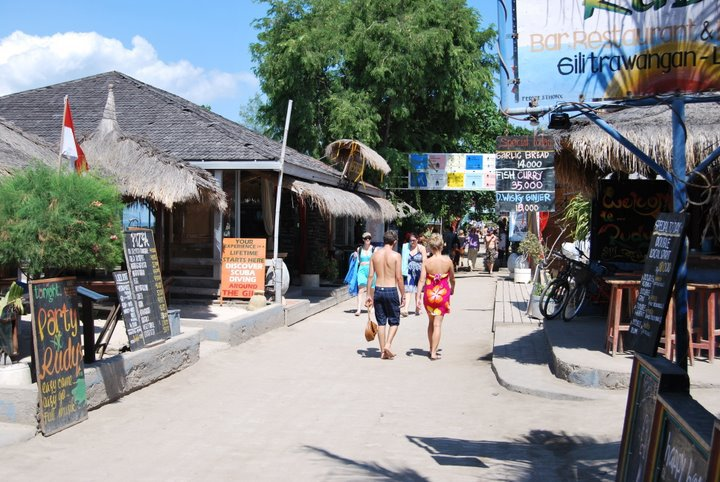 "The ""main street"" on Gili Trawangan."